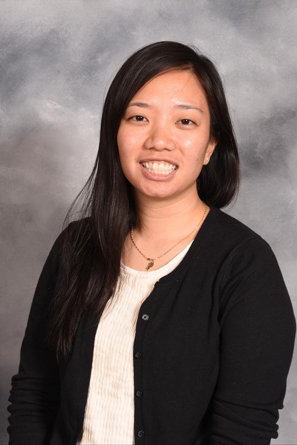 Sarah Chow Headshot